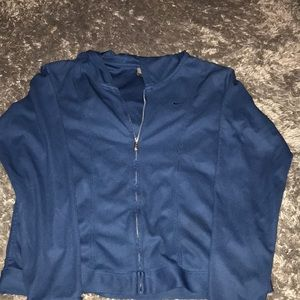 Nike DRI FIT Zipper jacket with pockets/ hood.